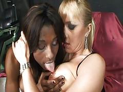 Interracial shemale threesome