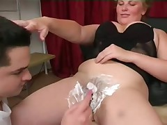 Shaving before a meal