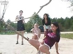 Piss 4 girls in a pissing contest