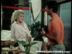 Amber Lynn Vs Steve Drake - Mr Good Sex