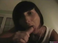 Awesome Amateur Girl Dripping Creampie