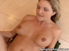 Roxanne Hall And Steve Smith - Naughty America