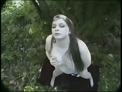 Masturbation outdoor for bbw girl