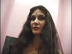 Indian Mature Whore Adaza Fucks