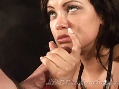 Breeana Leer - Smoking Fetish at Dragginladies