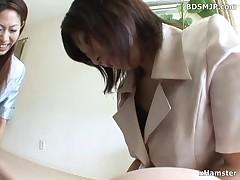 Lay handjob and facesitting femdom